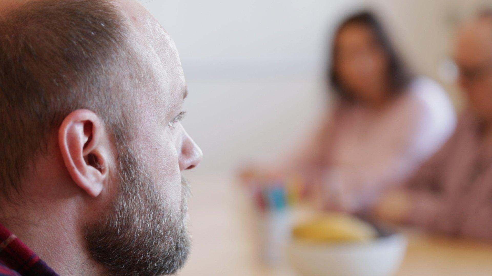 mand overvejer at starte i alkoholbehandling