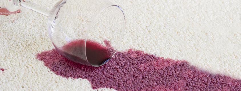 alkoholmisbrug væltet rødvinsglas